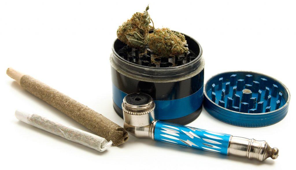 metal cannabis pipe